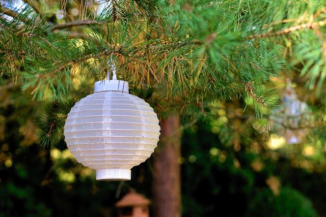 zahradní lampion