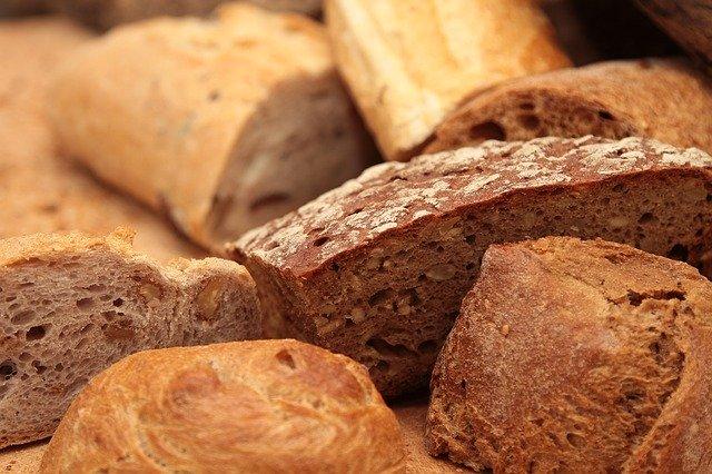 chléb, pečivo, čerstvé